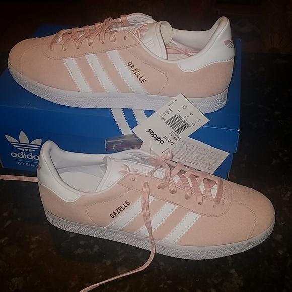 Adidas gazelle womens light pink sneaker sz 10 nwt